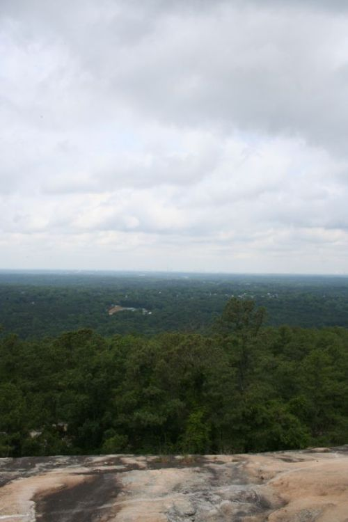 Na, wer sieht die Hochhäuser von Atlanta?