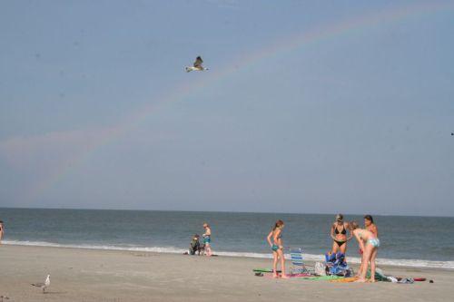 Na, wer sieht den Regenbogen?