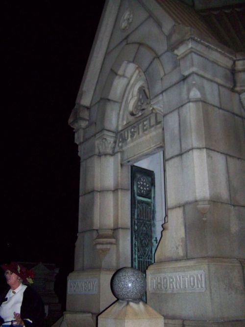 Eines der vielen Mausolen