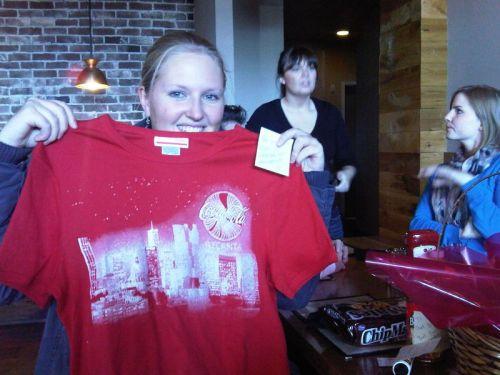Darin war u.a. ein cooles T-Shirt von Coca Cola